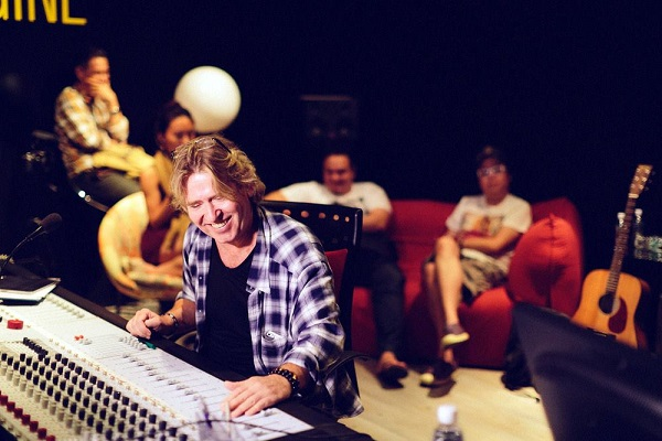 名プロデューサー、スティーブ・リリーホワイトが講演のため初来日