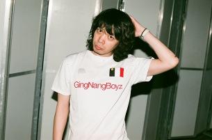 銀杏BOYZ峯田和伸、〈東京アコースティック三叉路〉で久々のライヴ出演決定