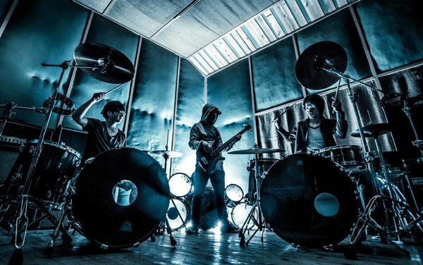 kilk recordsからFerri、AUDIO BOXINGが11月5日にアルバム同時リリース
