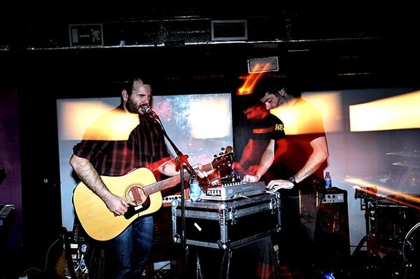 スペインの電子音楽ユニットI AM DIVE、初の日本ツアー開催