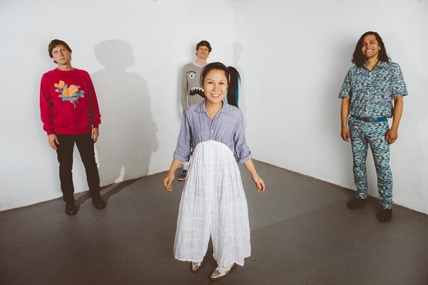 ディアフーフ来日UNIT公演にBuffalo Daughter、OAにゆるめるモ!with JOJO広重&箱庭