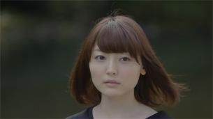花澤香菜、やくしまるえつこ監督に新曲MV撮影で枝の折り方をほめられる
