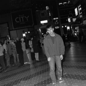 ハマジムから豊田道倫『奇跡の夜遊び』再々発、『テレキャノ』主題歌Weekday Sleepers初音源もリリース