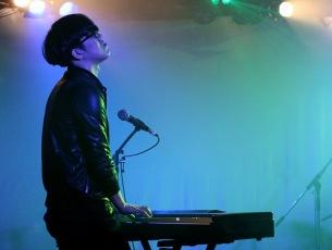 Sundayカミデ、ソロツアー〈Piano Kiss!!!〉会場でアルバム限定販売