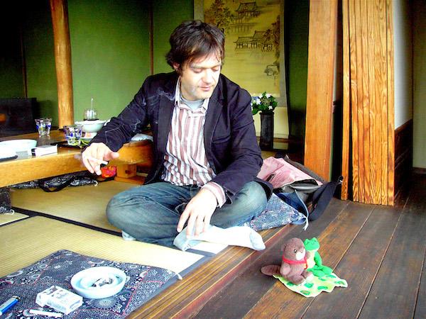 ジム・オルーク、待望の新アルバムは歌モノ『シンプル・ソングズ』