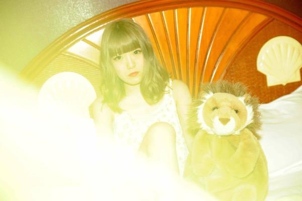 元ハピバ・坂口喜咲、ソロ活動の代表曲MVを公開