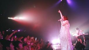 大森靖子「これは私と二宮ユーキの集大成」 バンド編成でのライヴ映像公開
