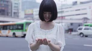 19歳SSWヒロネちゃん、デビュー盤『きみの死因になりたいな』よりMV公開
