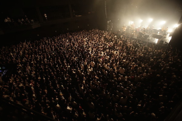 ceroが初のライヴDVD発表 ZEPPワンマンとドキュメンタリー映像収録した2枚組