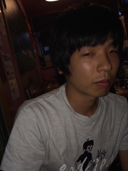 トリプルファイヤー吉田、初の自撮り写真公開 恩師への感謝込める
