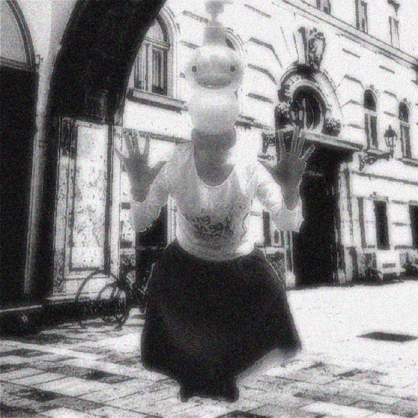 百瀬巡、オータケコーハンとベントラーカオルを迎え自主イベント〈百瀬巡と現存怪獣〉開催