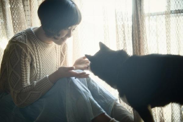岩崎愛、初フル・アルバム『It's Me』は豪華ゲスト・ミュージシャンを迎えた渾身の作品に