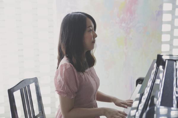 女子限定レーベル〈花とポップス〉つるうちはな、Chaki、あーたが音源同時発売 各地でリリイベ決定