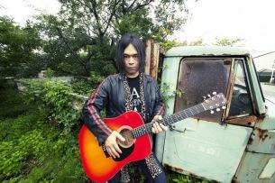 ソウル・フラワー・ユニオン 中川敬、50歳記念弾き語りワンマン・ライヴ・ツアーを4/2からスタート