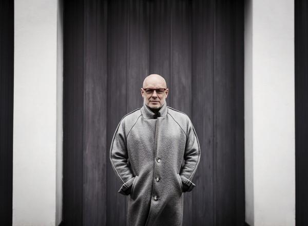 ブライアン・イーノ、ソロ・アルバム『The Ship』からタイトル曲音源を初公開