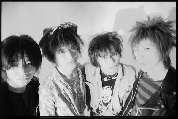 ソウル・フラワー・ユニオンの前身となった伝説のバンド、ニューエスト・モデルが結成30周年記念ベストを7月にリリース!
