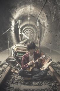 トクマルシューゴ、最新シングル「Hiageno / Vektor feat.明和電機」発売記念イベントを生配信