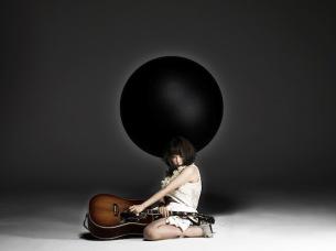 大森靖子、8月から3ヶ月連続シングル発売! ファンクラブ限定盤あり 声優にも初挑戦