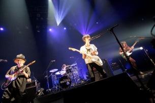 WHITE ASH、超満員の赤坂BLITZ公演にて『Quest』リリースツアーを発表