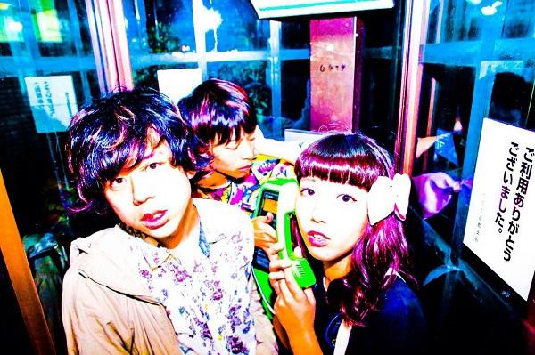 京都発、男女ツイン・ボーカル・バンド「加速するラブズ」初の全国流通作品リリース