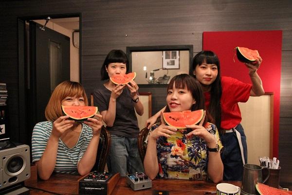絶景クジラ、2ndミニ・アルバム『自撮り』を10月リリース! MV制作の映像クリエイター募集も