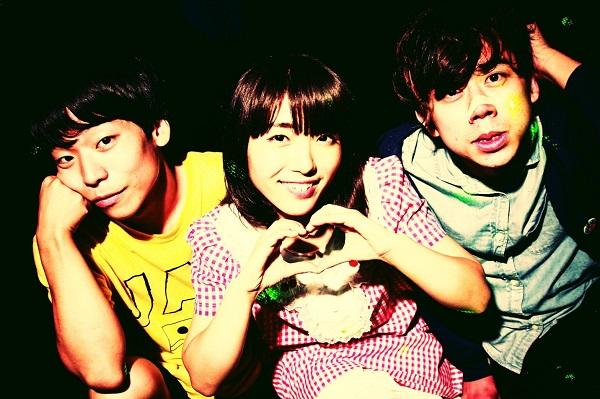 加速するラブズ、初の全国流通盤1stミニ・アルバムより「ジュブナイルレポート」MV公開