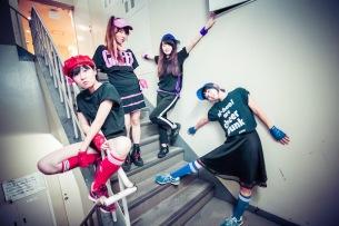 ニーハオ! 新メンバーで初音源2枚組CDをリリース