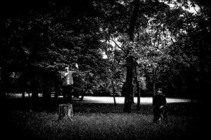 緊張感と耽美なメロディ Klan Aileenが新作より3曲のMVを公開