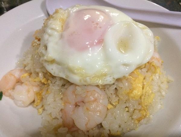 【必食ライヴめしFile】下北沢の老舗中華料理店「新雪園」のエビチャーハン
