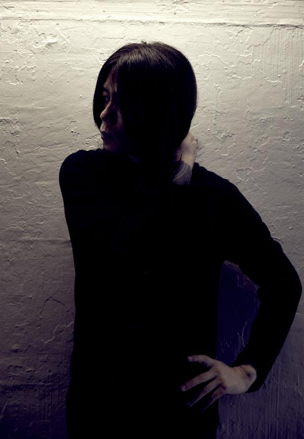 青木裕、初のソロ・アルバム『Lost in Forest』から闇のクリスマスソングな予告第3弾公開