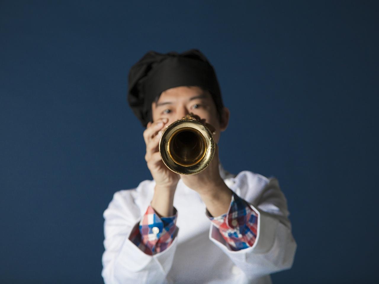 あだち麗三郎の正体が明かされる一夜「あだち麗三郎まつり」開催決定