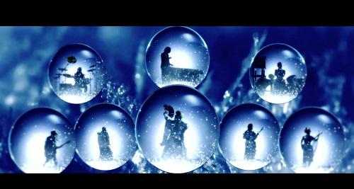 和楽器バンド、舞い散る雪と8つのスノードームの中で演奏