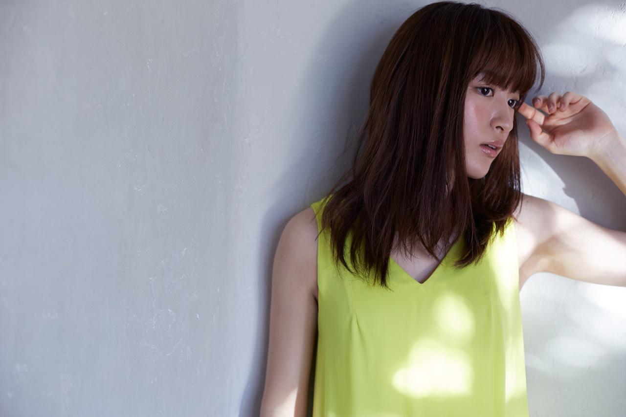 小松未可子、Q-MHzプロデュースのニュー・アルバム収録曲「Catch me if you JAZZ」MV公開