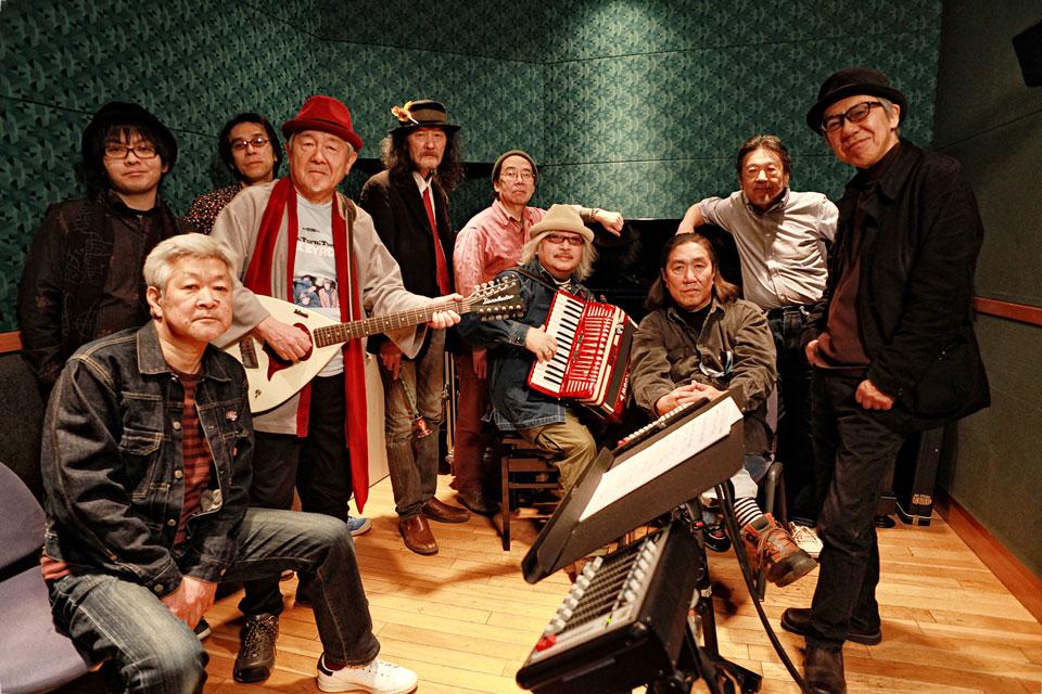 あがた森魚とはちみつぱいが、両者名義としては初のアルバム『べいびぃろん(BABY-LON)』を4月26日にリリース