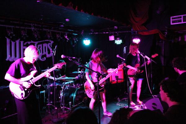 tricot、Zepp DivercityにてVS 47 tourのファイナル公演開催
