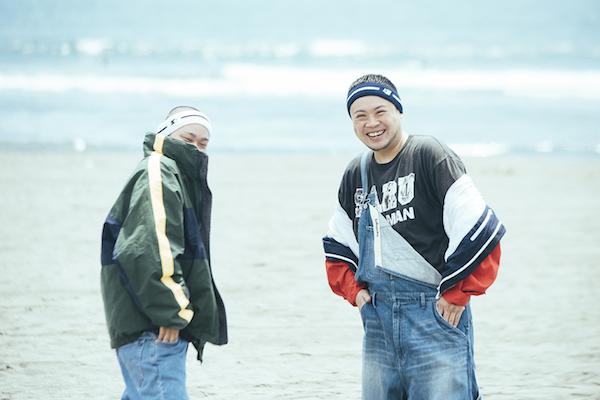 サ上とロ吉、TBS「ライブB」でホラガイ握りしめラップ・パフォーマンス