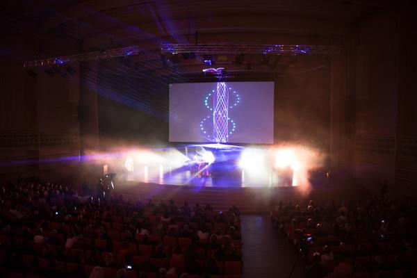やくしまるえつこ、アルスエレクトロニカ授賞式での写真を一挙公開