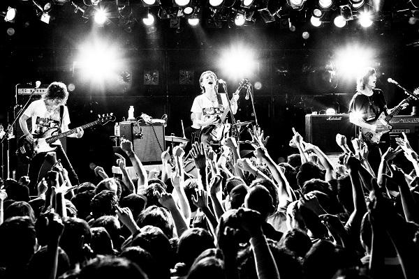 The Birthday、初のライヴ・アルバム発売決定 本日からZepp5公演すべてREC