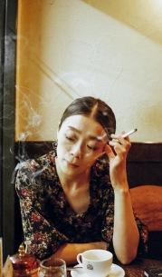 見汐麻衣、1stソロ・アルバムより俳優の太賀出演の「1979」MV公開