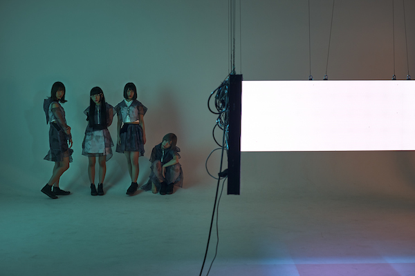 Maison book girl、新シングル収録「十六歳」のMV公開 監督は縷縷夢兎の東佳苗