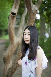 寺尾紗穂、傑作アルバム『楕円の夢』『たよりないもののために』をLPでリリース