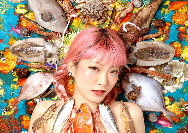 坂口喜咲、3年ぶり新作「あなたはやさしかった」詳細決定、リリパ開催&新アー写も公開