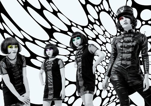 キノコホテル、マリアンヌ東雲が新たに制作したインスト曲に乗せて創業10周年公演を告知!