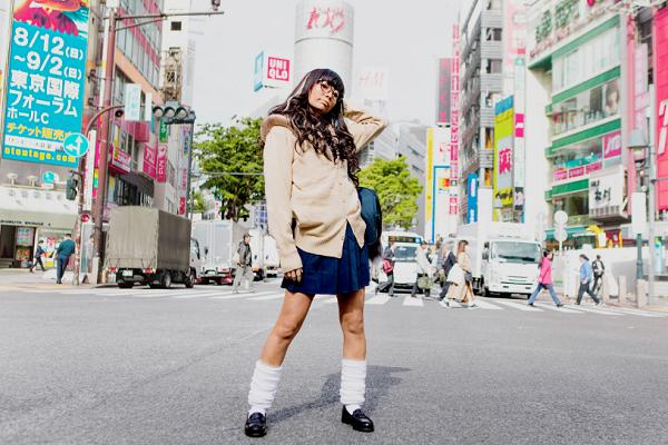 ユイ・ガ・ドクソン、ソロデビュー曲「Like a virgin」衝撃のパラパラMV公開 OTOTOYフリーDL開始