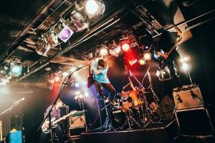 初のワンマン・ツアーを終えた2(ツー)、秋に東名阪クアトロを回る2マン企画その2を開催!!