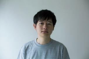 butaji、映画監督の三宅唱による「あかね空の彼方」MV公開! リリパを前にインタビュー後編も