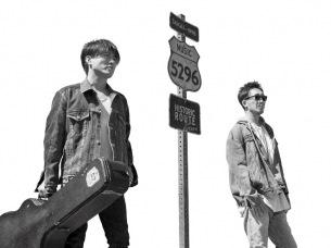 コブクロ、デビュー前のストリートライブの貴重映像や20年の歴史が詰まった記念ソング「晴々」 MV完成