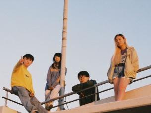 ニトロデイ、12月5日発売の1st フル・アルバム『マシン・ザ・ヤング』収録楽曲発表、アルバム・リリースツアーも発表