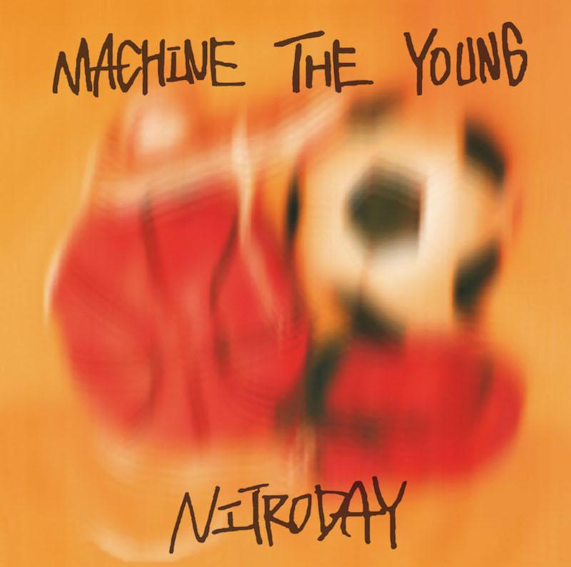 """Nitro Day在12月5日发行的第一张完整专辑""""Machine the Young""""和专辑发行巡演中宣布录制"""