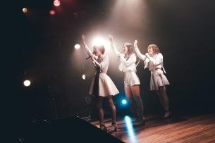 kolme 2019 年初ワンマンで新曲と新衣装を披露